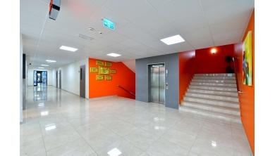 Sakarya Üniversitesi Vakıf Koleji Ortaokul Binası